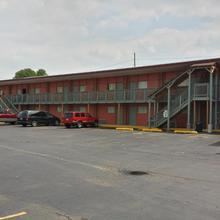 Trailway Motel - Fairview Heights in Glenview