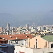 Trandafili I Bardhe Apartment in Tirana