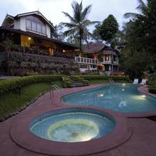 Tranquil Resort in Meenangadi
