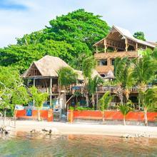 Tranquilseas Eco Lodge & Dive Center in Roatan