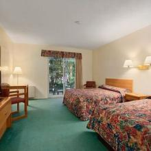 TRAVELODGE BRACEBRIDGE in Gravenhurst