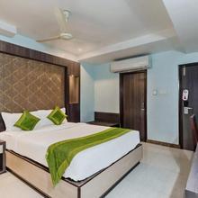 Oyo 3811 Geetanjali Regency in Kolkata