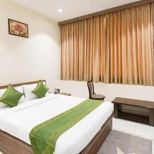 Treebo Hotel Raj in Mandor