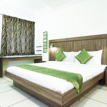 Treebo Komfort Suites in Narasimharaja Puram