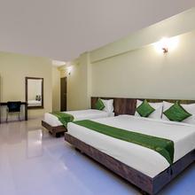 Treebo Rmv Savera Hotels in Chik Banavar
