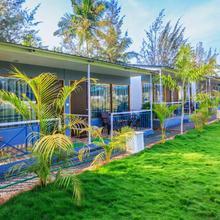 Treebo Trend Lands End Beach Resort in Chopdem