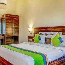 Treebo Trend Popular Hotel in Phursungi