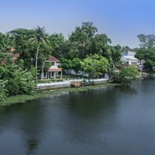 Treebo Triveny River Palace in Ambalapuzha