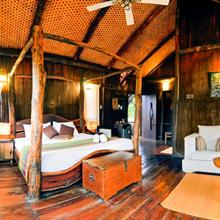 Treehouse With Free Breakfast In Umaria, By Guesthouser 5135 in Tala