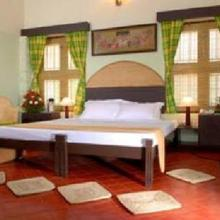 Tripvillas @ Aadithyaa Resorts Lakeside in Karunagapalli