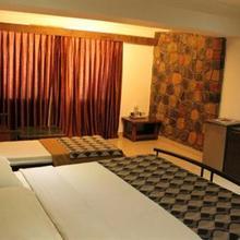 Tripvillas @ Honey Bee Resorts in Pune