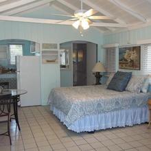 Tropical Cottages in Marathon