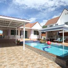 Tropical Hill Pool Villa in Hua Hin
