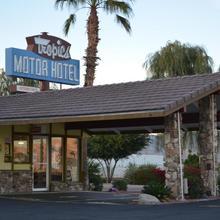 Tropics Motor Hotel in Thermal