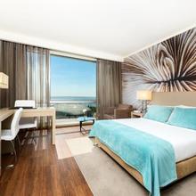 Tryp Lisboa Oriente Hotel in Lisbon