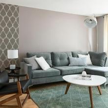 Two-bedroom On Rue Versailles Apt 2 By Sonder in Montreal
