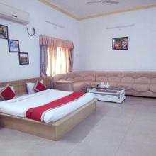 Uit Rest House And Restaurant Hotel in Bhiwadi