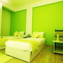 Ulo Green Tree Service Apartment T.Nagar in Chennai