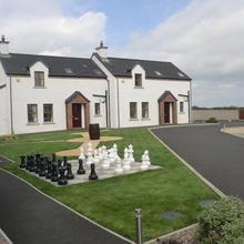 Ulster Cottages in Castlerock