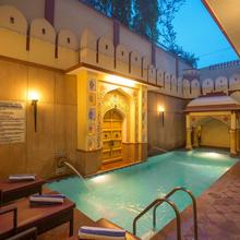 Umaid Mahal - Heritage Style Hotel in Jaipur