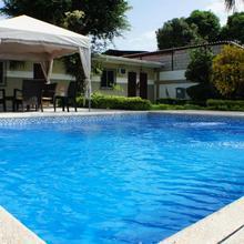 Urdesa Suites Hotel in Guayaquil