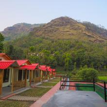V Resorts Jungle Pool Khurpatal in Bazpur