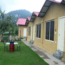 V Resorts Nature Heaven Koti in Chail