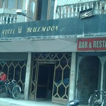 Hotel Bluemoon in Jabalpur
