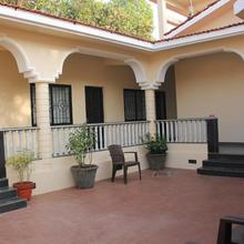 Vagator House Resort Goa in Bastora