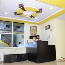 Vaibhav Hotel And Lodging Kaneriwadi in Hupari