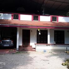 Valiyaparambil in Vaikom