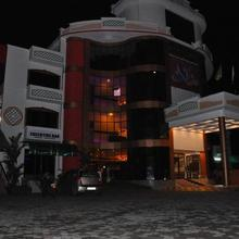 Varsha International in Nellayi