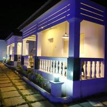 Varuna Inn Banquets & Resort in Thirunindravur