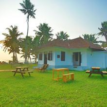 Vibes Beach House in Varkala