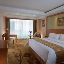 Vienna Hotel Chongqing Chuangyi Park in Jiangbei