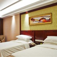 Vienna Hotel Suzhou Luokou Furniture Store in Weitang