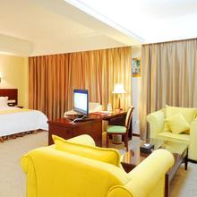 Vienna International Hotel Changsha Ziwei Road in Changsha