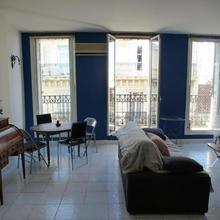 Vieux Port Appartement Maritime De 72m² Et Balcon in Marseille