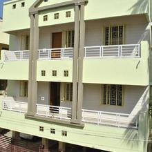 Vijayamcy Service Apartments Porur in Annanur