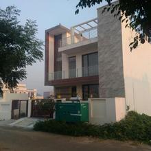 Villa 21 Agra in Agra