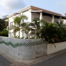Villa Carpe Diem Goa in Pilerne