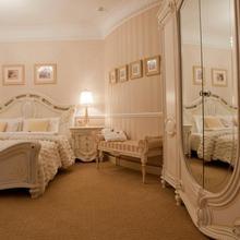 Villa de Ville Hotel in Gnilovskaya