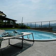 Villa Girandola With Private, Heated Pool in Arosio