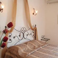 Villa Olga Apartments & Studios in Chortata