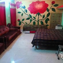 Vinayak Apartment in Bamor
