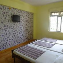 Vishal Holiday Home in Jua