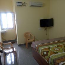 Vs Rooms in Guduvancheri