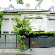 W Home Cikatomas in Jakarta