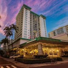 Waikiki Resort Hotel in Honolulu