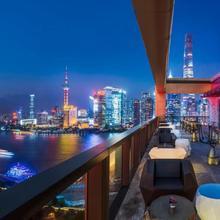 Wanda Reign On The Bund in Shanghai